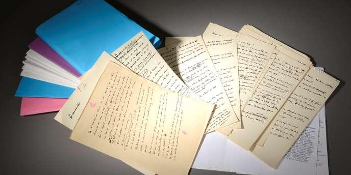 Quelque 260 feuillets ont été rédigés par Vergès pour préparer sa plaidoirie lors du procès Barbie.