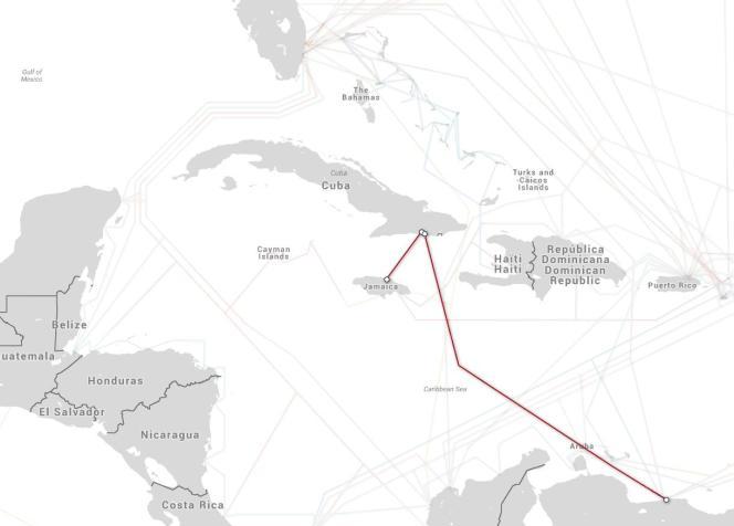 Les câbles de télécommunication sous-marins autour de l'île de Cuba.