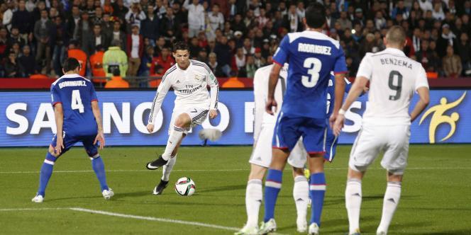Cristiano Ronaldo, pendant la demi-finale de la Coupe du monde des clubs entre le Real et les Mexicains de Cruz Azul, le 16 décembre à Marrakech.