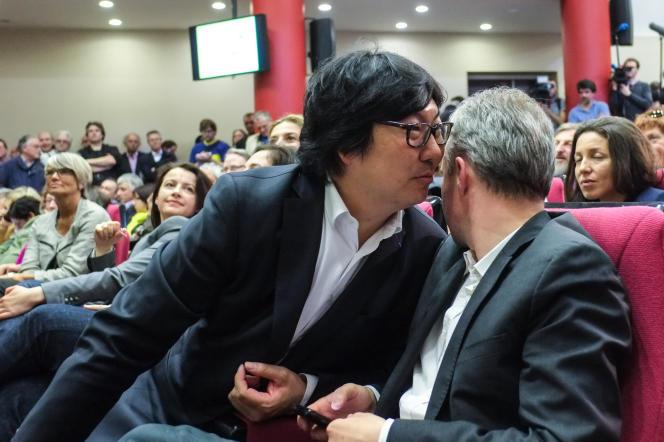 Jean-Vincent Placé avec le député François de Rugy au conseil fédéral d'EELV, le 5avril, à Paris.