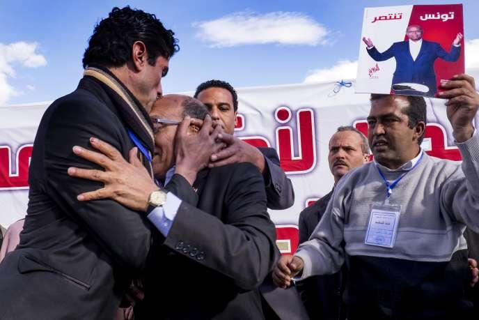 Meeting de campagne de Moncef Marzouki, président tunisien sortant, à Sidi Bouzid, le 17 décembre.