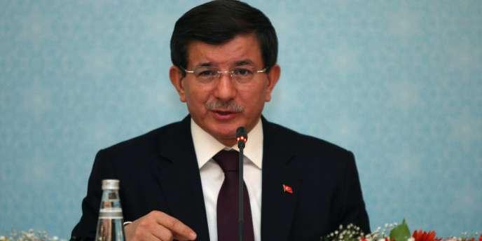 Le premier ministre turc Ahmet Davutoglu, le 18 décembre à Ankara.