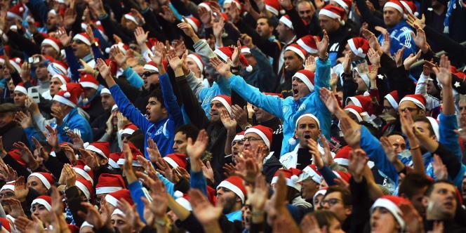 Les supporters marseillais au Vélodrome, dimanche 21 décembre.