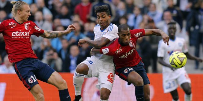 Le Marseillais Mario Lemina face à Lille, dimanche 21 décembre, au Stade-Vélodrome.