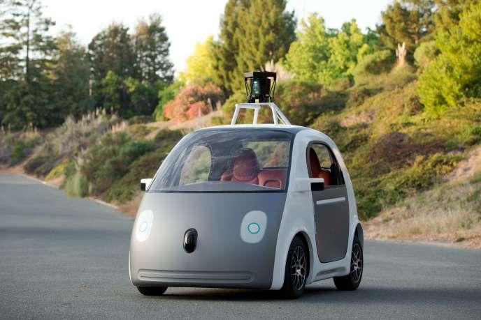 Le prototype d'une voiture autonome de deux places, conçue par Google en mai 2014.
