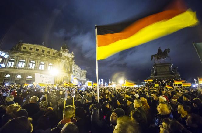 En 2013, l'Allemagne comptait quelque 7,6 millions d'étrangers sur son sol, sur une population de quelque 81 millions d'habitants, soit un niveau record depuis la mise en place de statistiques.