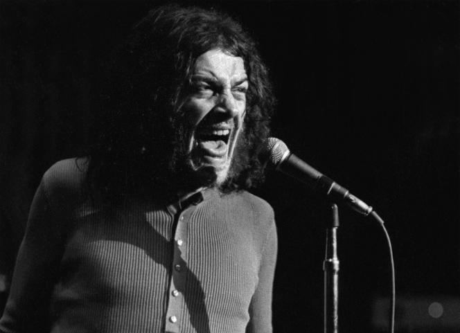Le chanteur britannique Joe Cocker en concert en juin 1970.