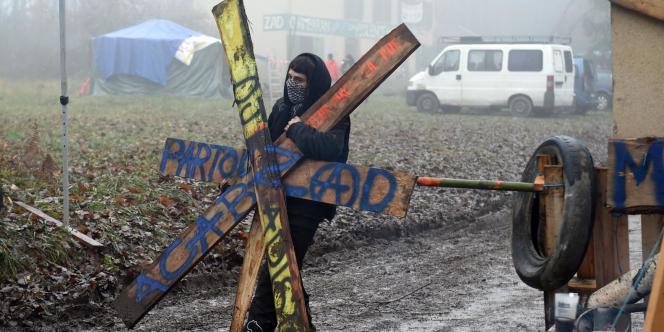 Sur la ZAD contre la création d'un Center Parcs à Roybon (Isère), le 4 décembre.