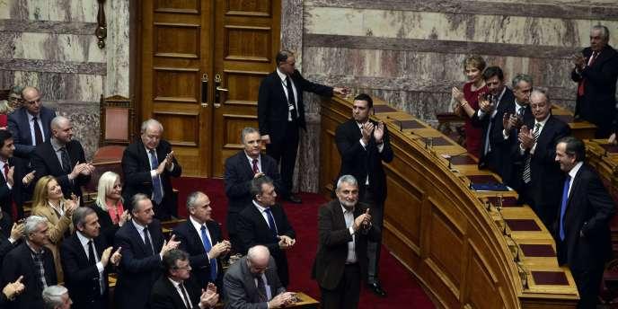 Le 17 décembre, 160 députés avaient voté pour Stavros Dimas.