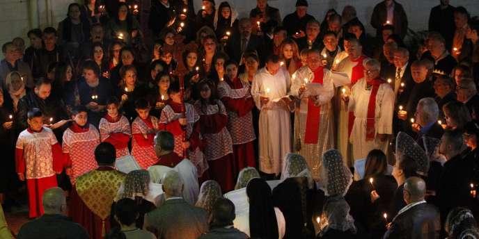 Messe de Noël dans l'église du Sacré-cœur de Bagdad, le 24 décembre.