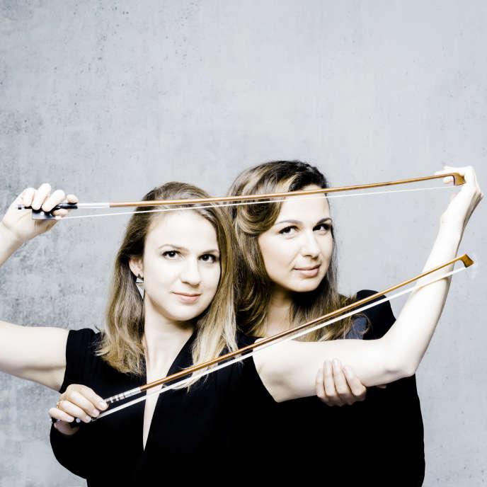 Sarah et Deborah Nemtanu for Naive Photographer: Marco Borggreve