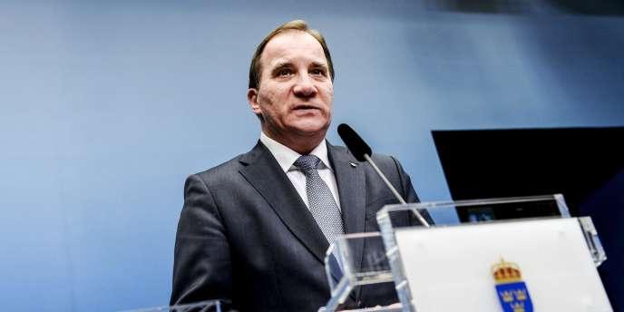 Le premier ministre suédois avait annoncé la tenue d'élections législatives anticipées après le rejet par le Parlement, notamment du parti anti-immigration des Démocrates suédois, du projet de budget présenté par le gouvernement minoritaire que dirige Lofven.