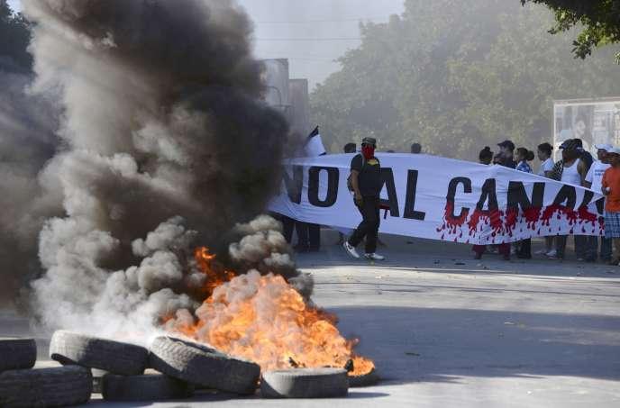 Manifestation, le 22décembre 2014, à Managua, contre la construction du Grand Canal du Nicaragua.