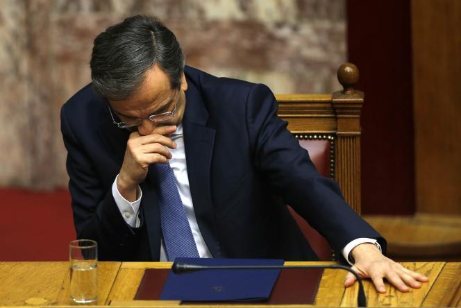Le premier ministre Antonis Samaras, après le vote.