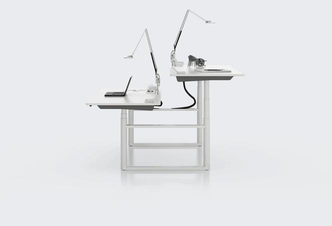 Le Tyde, bureau modulable signé par Ronan et Erwan Bouroullec pour Vitra.