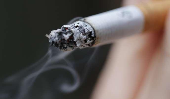 Au Royaume-Uni, 80 % des détenus sont fumeurs.
