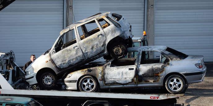 saint-sylvestre : baisse de 12 % du nombre de voitures brûlées