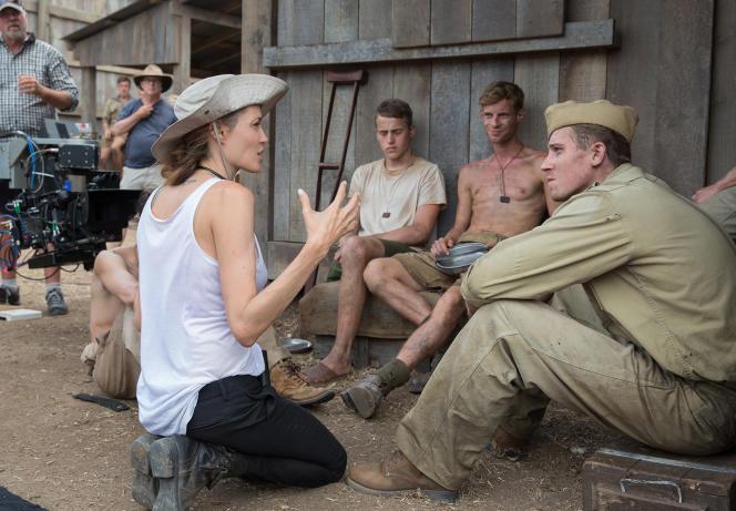 L'actrice et réalisatrice Angelina Jolie sur le tournage de son film