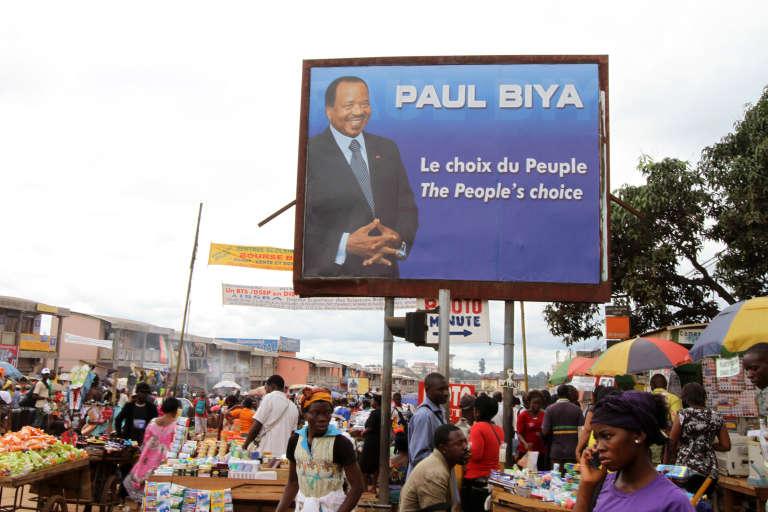 Paul Biya, président du Cameroun et grand amateur de publireportages.