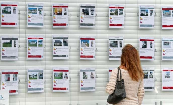 Une agence immobilière à Hennebont (Morbihan).
