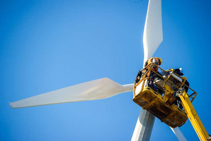 Le groupe Ikea va investir 500 millions d'euros dans les éoliennes et 100 millions dans l'énergie solaire dans les cinq prochaines années.