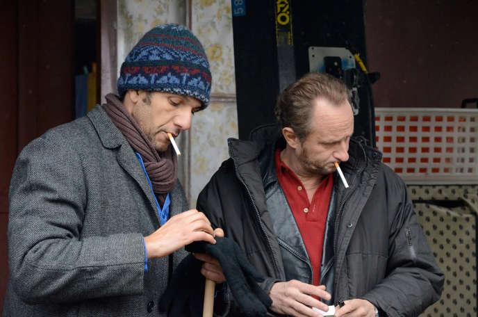 Roschdy Zem et Benoît Poelvoorde dans le film français de Xavier Beauvois,