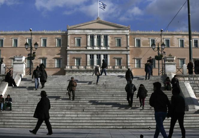 Le Parlement grec sur la place Syntagma, à Athènes.
