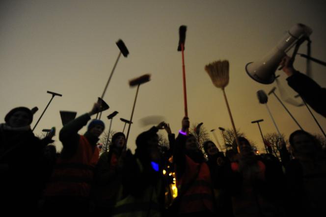 Manifestation contre le mouvement Pegida, le 5 janvier à Dresde.