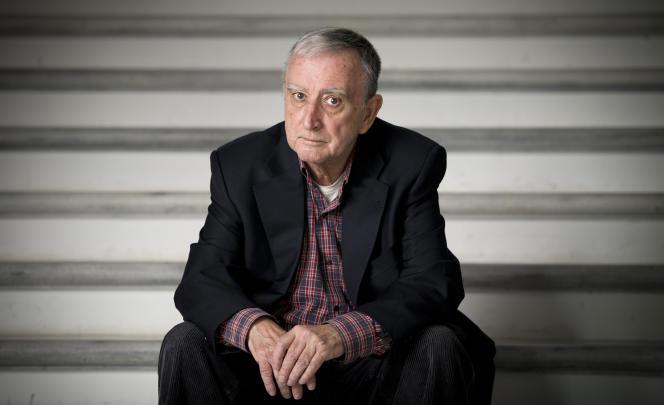Rafael Chirbes (photo) est l'un des grands écrivains espagnols d'aujourd'hui. « Sur le rivage », qui charrie tout de la crise et de ses conséquences, en témoigne.