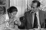 Le 20 juin 1974, le premier ministre Jacques Chirac, qui vient de former son gouvernement, allume la cigarette de la ministre de la santé Simone Veil au cours d'une conférence de presse dans laquelle il annonce les mesures principales du gouvernement.