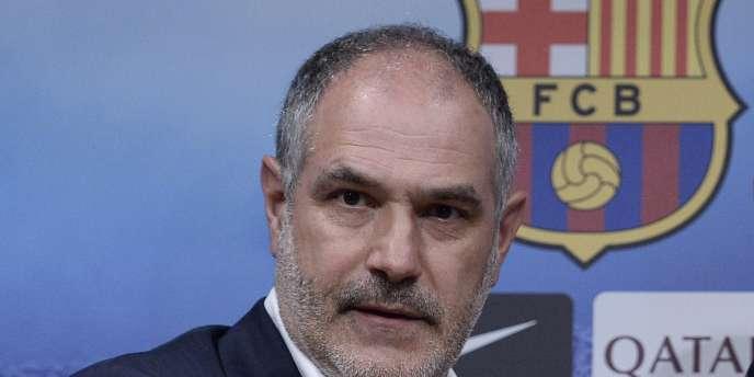 Le club catalan, ébranlé par sa récente sanction d'interdiction de transferts, a désigné comme responsables implicites son directeur sportif Andoni Zubizarreta et son adjoint Carles Puyol.
