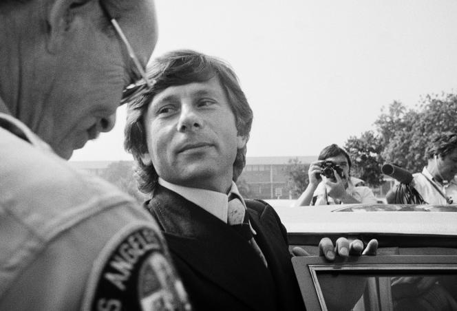 En 1977, le cinéaste, alors âgé de 43 ans, avait été accusé d'avoir violé la jeune Samantha Gailey, après l'avoir fait boire, à l'issue d'une séance de photos. Il avait ensuite plaidé coupable de relations sexuelles illégales avec une mineure - évitant ainsi le procès - mais libéré après 42 jours de prison, il avait quitté les Etats-Unis avant le prononcé de la peine, craignant d'être lourdement condamné.