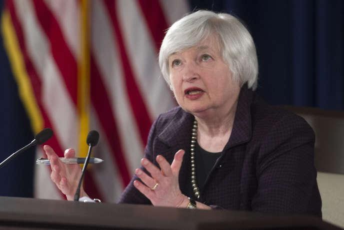 La forte chute des cours du pétrole suscite des inquiétudes chez certains membres du Comité de politique monétaire (FOMC) de la Fed.