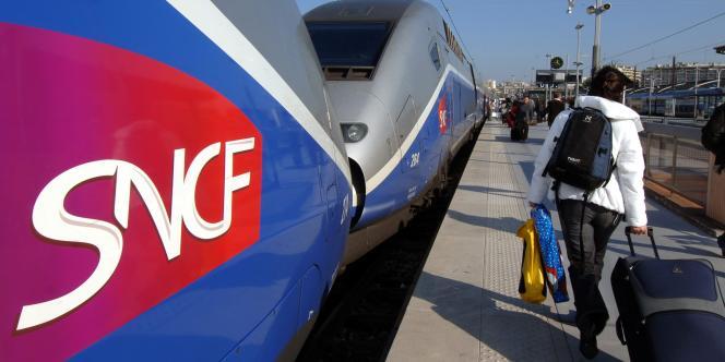 La SNCF investit dans la location de voitures entre particuliers pour compléter son offre de service en matière de transports.