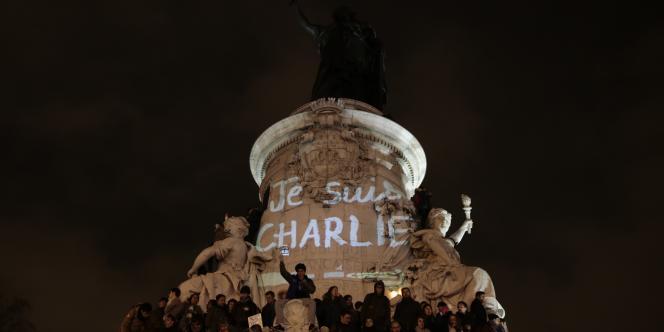 Rassemblement à Paris, mercredi 7 janvier.