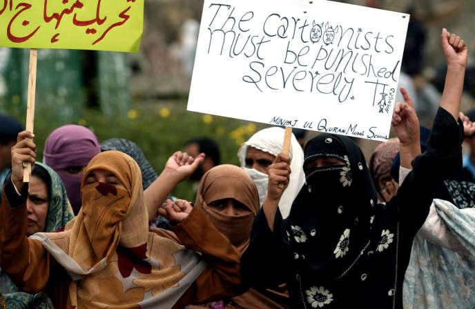 Manifestation de colère à Islamabad après la publication des caricatures de Mahomet par «Charlie Hebdo», en2006.