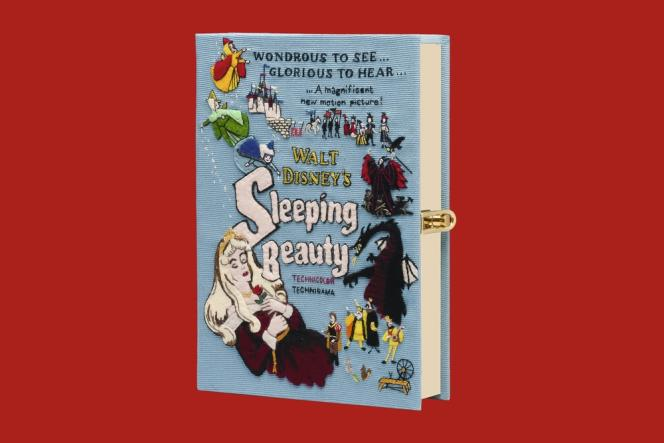 La styliste Olympia Le-Tan a imaginé une série de sacs et de minaudières à partir des personnages  de Walt Disney. Ici, La Belle au bois dormant.