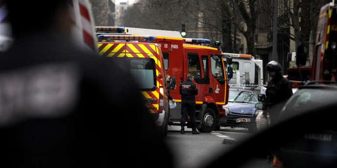 Sur les lieux de l'attaque à Montrouge, le 8 janvier.