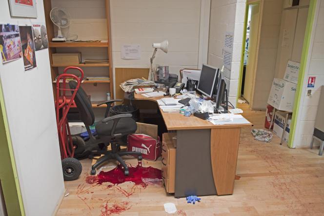 Dans les bureaux de Charlie Hebdo, à Paris, juste après la tuerie du mercredi 7 janvier.