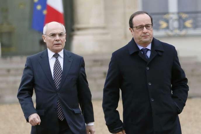 François Hollande et Thierry Lataste (ici en janvier 2015), qui a quitté son poste de directeur de cabinet du président de la République le 15 juin.
