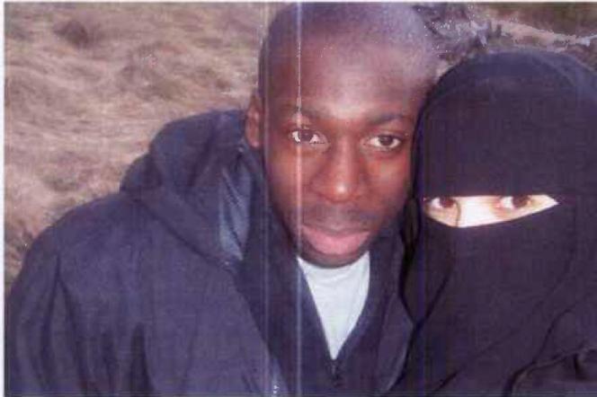 Selfie d'Amedy Coulibaly avec sa compagne Hayat Boumeddiene dans le Cantal en 2010.