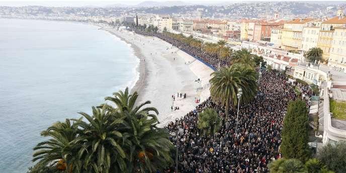 23 000 personnes ont défilé à Nice, le 10 janvier.
