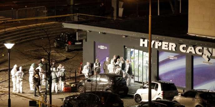 Le magasin casher dans lequel Amedy Coulibaly a pris en otages une vingtaine de personnes, vendredi 9 janvier.