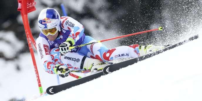 Alexis Pinturault dans la première manche du slalom géant d'Adelboden, en Suisse, samedi 10 janvier.