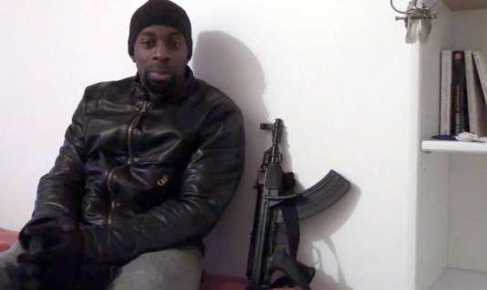 Capture d'écran d'une vidéo publiée après les tueries commises par Amédy Coulibaly.