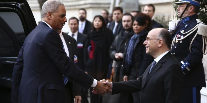 Le ministre de l'intérieur de la France, Bernard Cazeneuve, a fait état le 11 janvier d'un accord des principaux pays européens et des Etats-Unis pour améliorer la coopération dans la lutte contre le terrorisme après les attentats qui ont frappé la France.