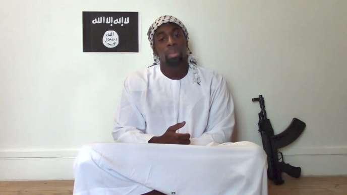 Capture d'écran de la vidéo, postée sur Internet le 11janvier, dans laquelle Amedy Coulibaly évoque les attentats.