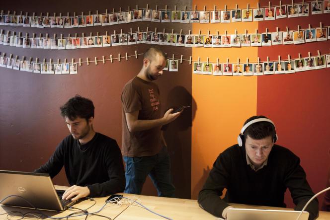 La cordée est un espace de co-working qui rassemble indépendant et quelques salariés. Lyon 3. Mardi 9 décembre.