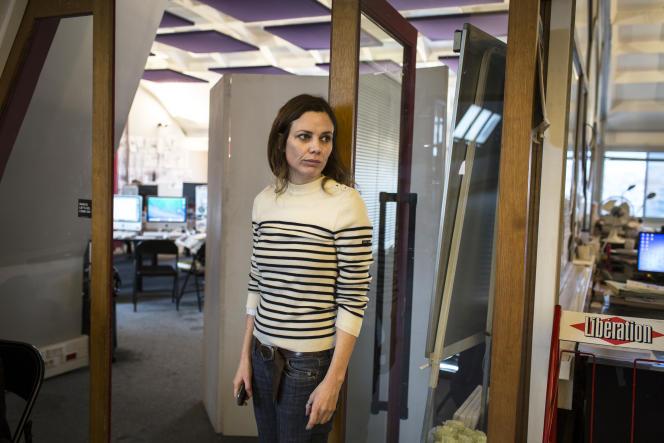 Le 12 janvier 2015, Sigolène Vinson dans les locaux de «Libération», où la rédaction de«Charlie Hebdo» travaille sur son premier numéro après l'attentat.