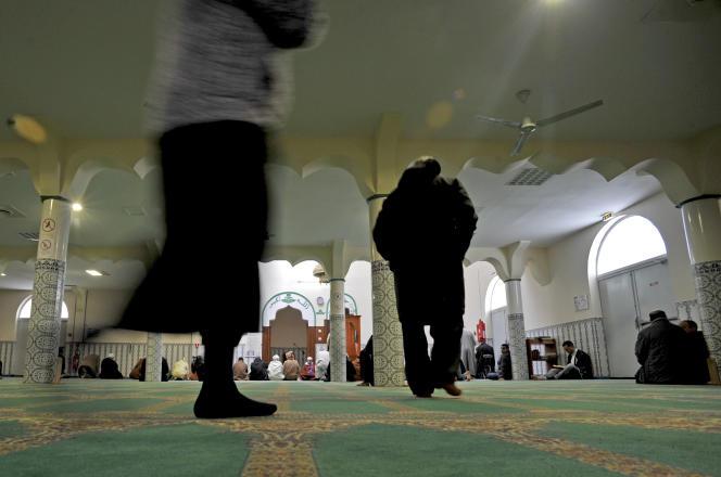 Dans une mosquée à Chateauroux, le 9 janvier.